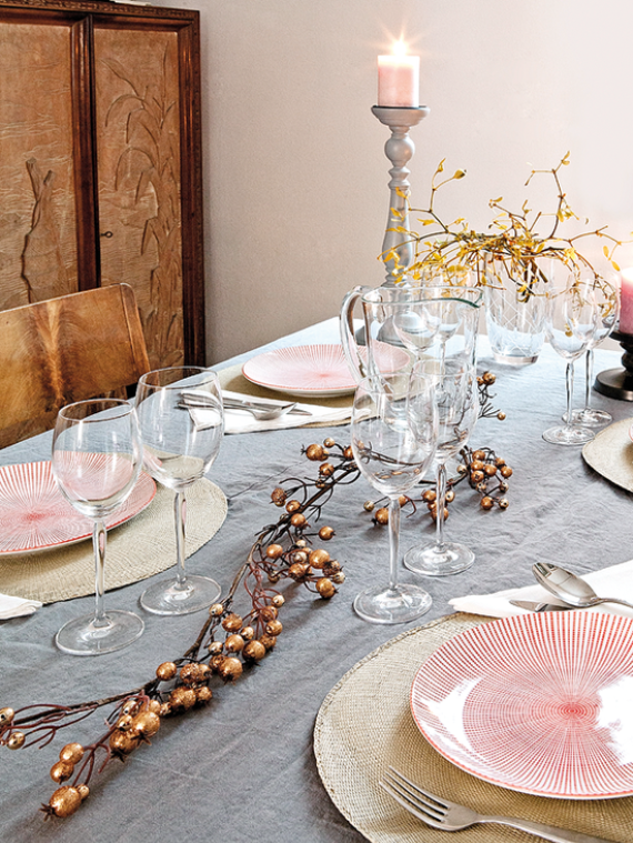 Cool and Beautiful Decor Ideas For Valentine's Day (6)