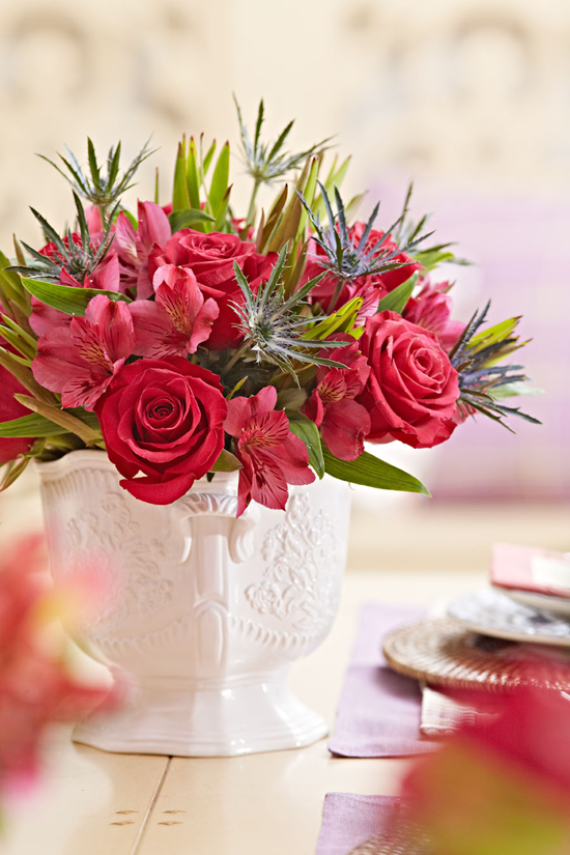 Cool and Beautiful Decor Ideas For Valentine's Day (8)