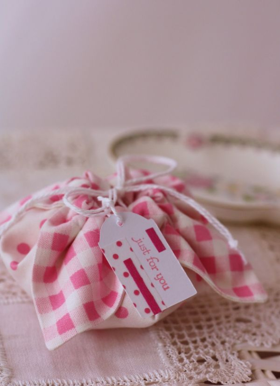 Creative Gift Wrapping Ideas For Your Inspiration (25)