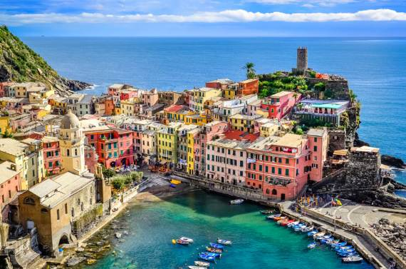 Explore-Stunning-The-Cinque-Terre-town-Of-Vernazza-On-The-Italian-Riviera-18