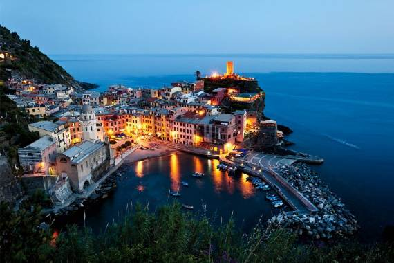 Explore-Stunning-The-Cinque-Terre-town-Of-Vernazza-On-The-Italian-Riviera-19