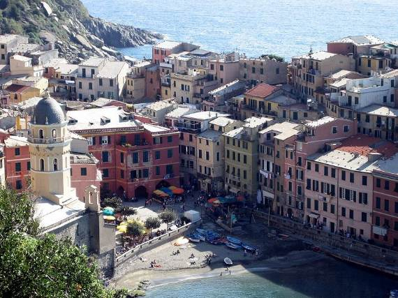 Explore-Stunning-The-Cinque-Terre-town-Of-Vernazza-On-The-Italian-Riviera-35