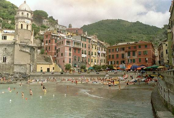 Explore-Stunning-The-Cinque-Terre-town-Of-Vernazza-On-The-Italian-Riviera-36