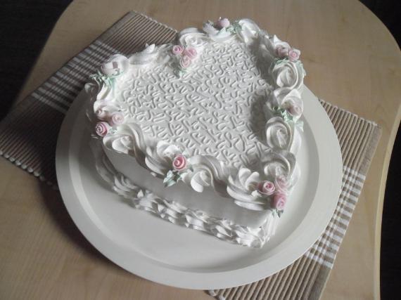 Fabulous valentine cake decorating ideas (22)