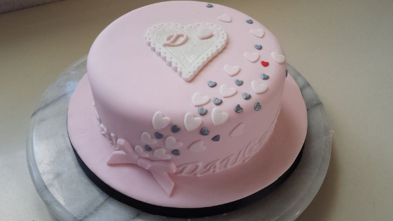 Fabulous valentine cake decorating ideas (43)