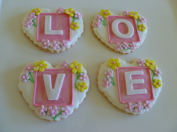 Fabulous valentine cake decorating ideas (47)