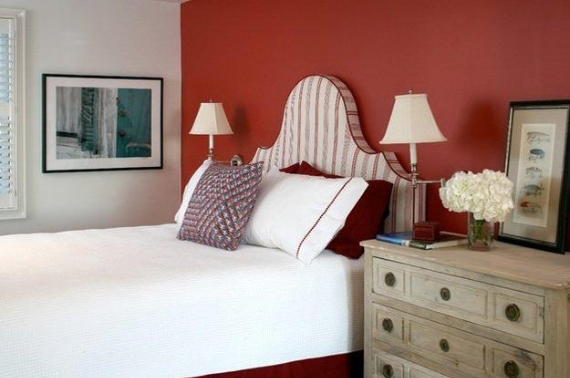 Hot Valentine Room Designs in Rich and Energetic Red Colors   (17)