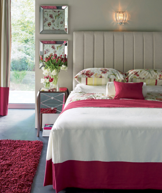 Hot Valentine Room Designs in Rich and Energetic Red Colors   (46)