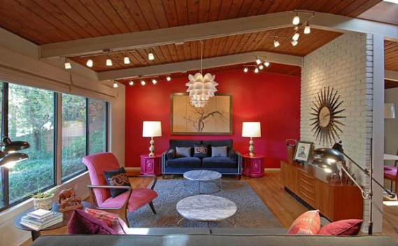 Hot Valentine Room Designs in Rich and Energetic Red Colors   (5)