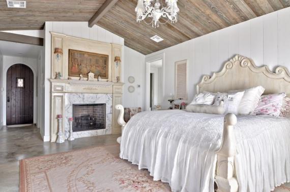 Romantic Bedroom Design Ideas (4)