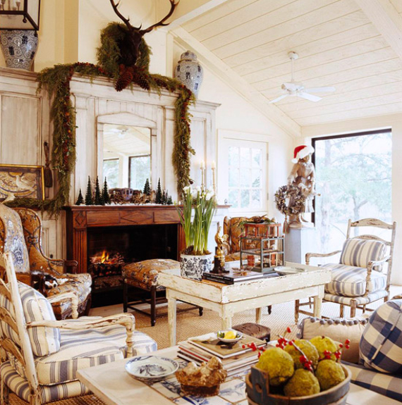 Romantic French Flair Rooms and Decorating Ideas (14)