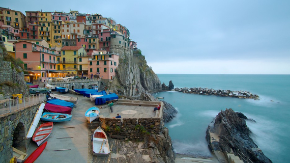 The Colorful Cliff-Side Town of Manarola , La Spezia,  Italy (10)