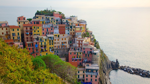 The Colorful Cliff-Side Town of Manarola , La Spezia,  Italy (17)