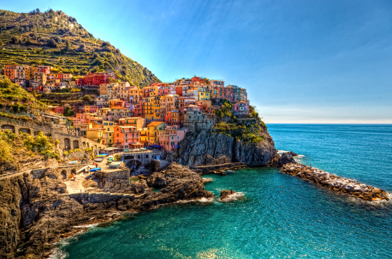 The Colorful Cliff-Side Town of Manarola , La Spezia,  Italy (22)