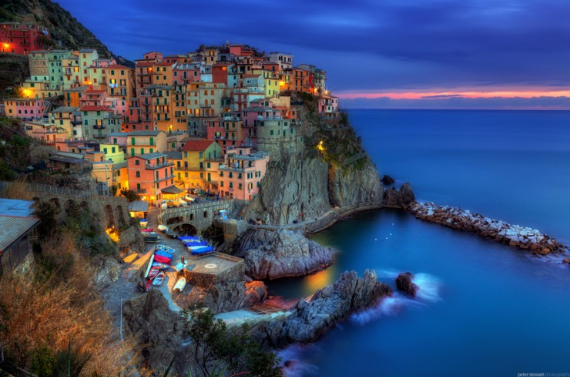 The Colorful Cliff-Side Town of Manarola , La Spezia,  Italy (27)