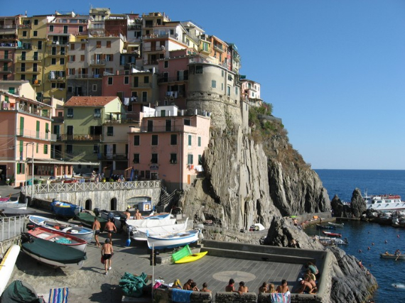 The Colorful Cliff-Side Town of Manarola , La Spezia,  Italy (35)