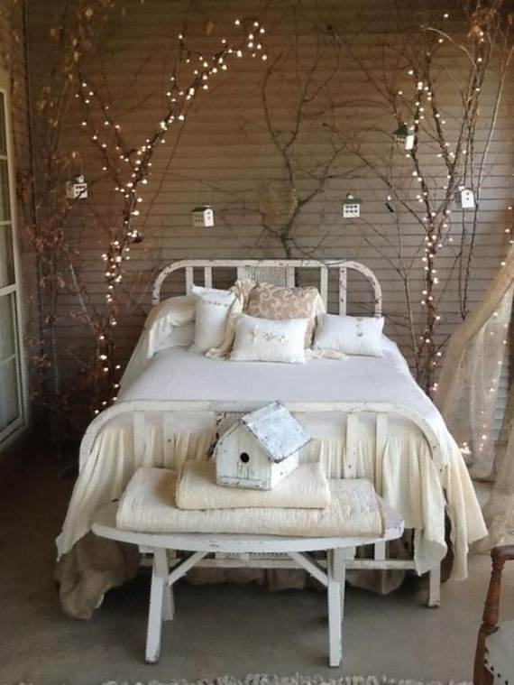 45-Atmospheric-Holiday-Decorating-Ideas-With-Fairy-Lights-28