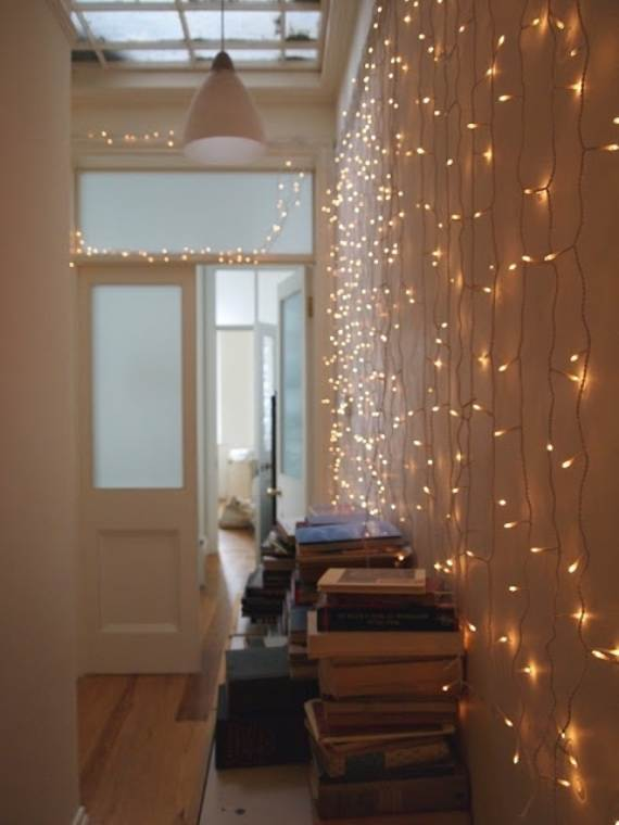 45-Atmospheric-Holiday-Decorating-Ideas-With-Fairy-Lights-34
