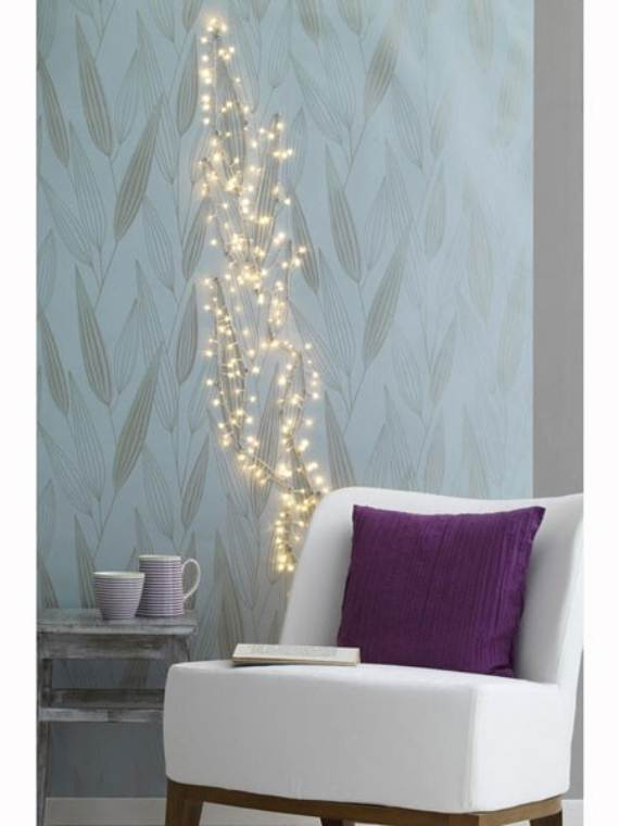 45-Atmospheric-Holiday-Decorating-Ideas-With-Fairy-Lights-41
