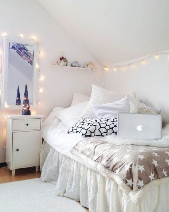 45-Atmospheric-Holiday-Decorating-Ideas-With-Fairy-Lights-6