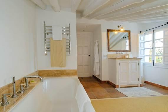 a-stunning-spanish-stay-la-huerta-el-noque-andalucia-113