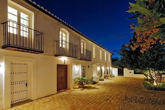 a-stunning-spanish-stay-la-huerta-el-noque-andalucia-19