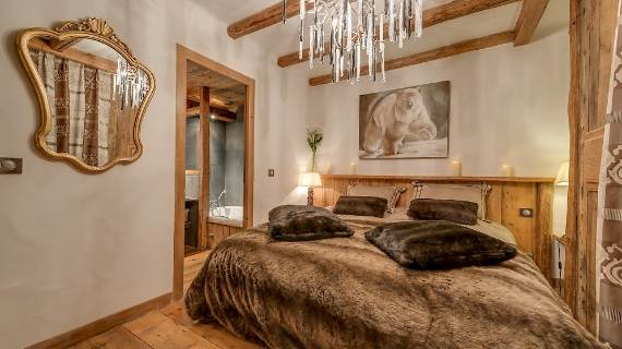 chalet-le-rocher-a-luxury-chalet-embedded-in-the-cliffs-in-the-alps-region-of-savoie-71