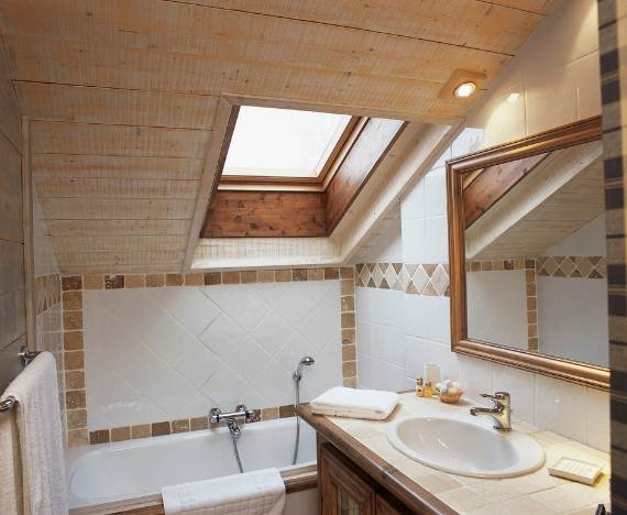 charming-traditional-ski-chalet-brioche-in-the-french-alps-8