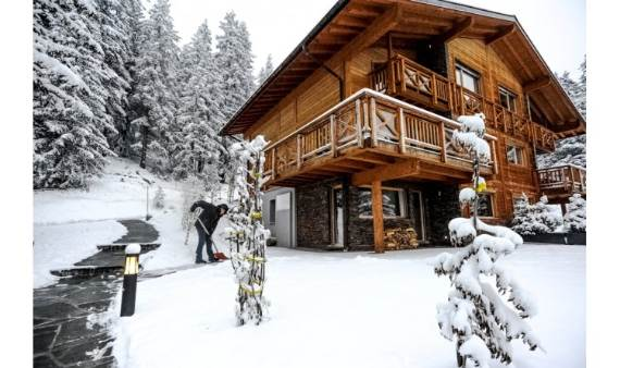 comfort-and-relaxation-in-the-swiss-alps-the-chalet-eugenie-chalet-111