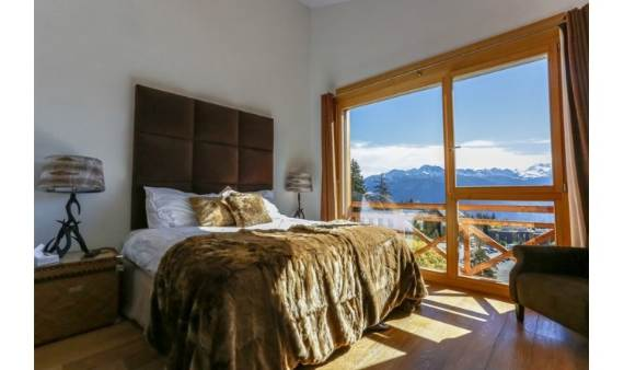 fairytale-mountain-retreat-in-crans-montana-switzerland-chalet-renee-13