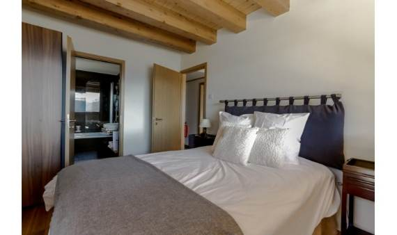 fairytale-mountain-retreat-in-crans-montana-switzerland-chalet-renee-14