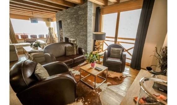 fairytale-mountain-retreat-in-crans-montana-switzerland-chalet-renee-5