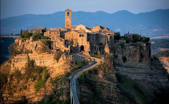 italys-civita-di-bagnoregio-jewel-on-the-hill-1
