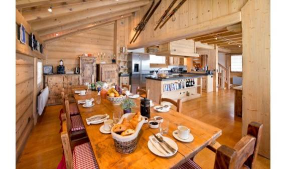 luxurious-chalet-du-vallon-offering-extended-views-of-the-alps-in-meribel-france-3