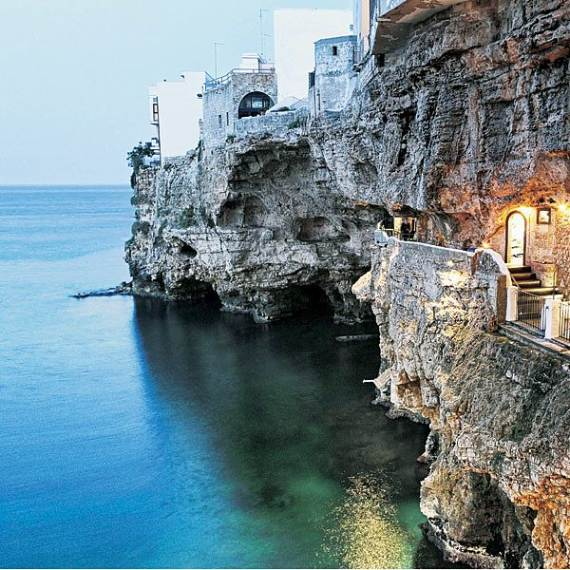 Pearl-of-the-Adriatic-Polignano-a-MareProvince-BariApuliaItaly-111
