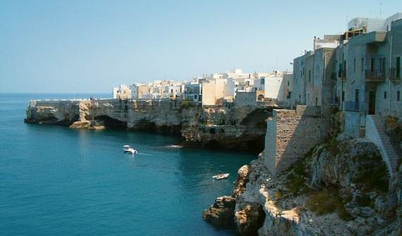 Pearl-of-the-Adriatic-Polignano-a-MareProvince-BariApuliaItaly-14