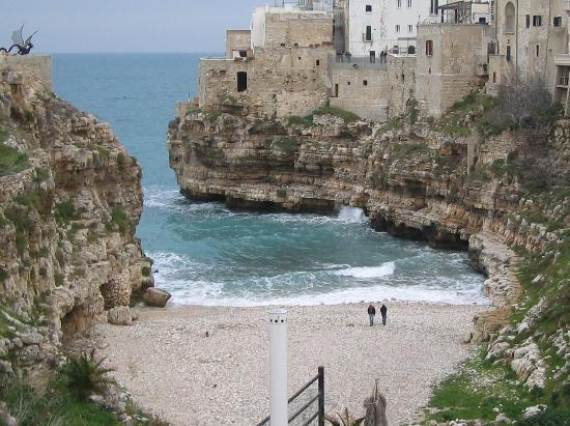 Pearl-of-the-Adriatic-Polignano-a-MareProvince-BariApuliaItaly-28