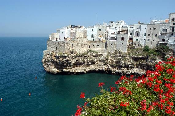 Pearl-of-the-Adriatic-Polignano-a-MareProvince-BariApuliaItaly-6