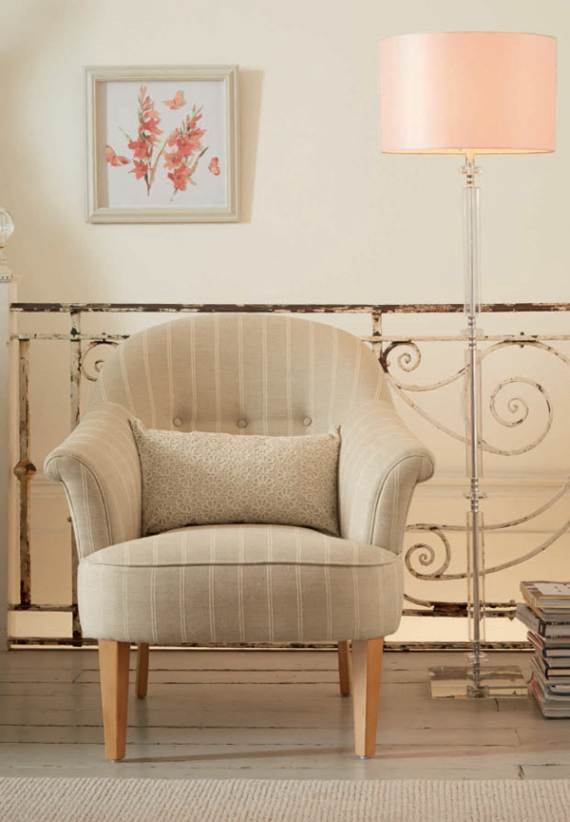 romantic-symphony-of-silence-in-the-new-interior-painterly-floral-from-laura-ashley-12