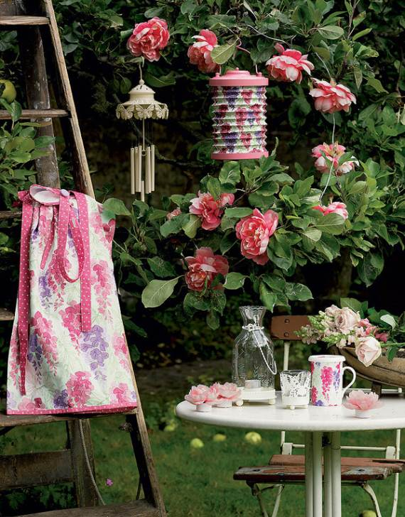 romantic-symphony-of-silence-in-the-new-interior-painterly-floral-from-laura-ashley-21
