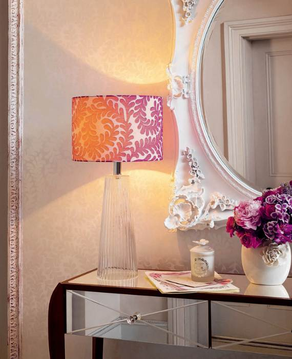 romantic-symphony-of-silence-in-the-new-interior-painterly-floral-from-laura-ashley-24