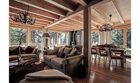 ski-chalet-winter-escape-elegant-chalet-le-torrent-in-the-swiss-alps-5