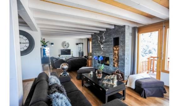 ski-resort-winter-escape-elegant-benou-chalet-in-the-swiss-alps-111