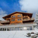 Ski Resort Winter Escape: Elegant Benou Chalet in the Swiss Alps