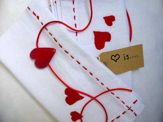 sweet-diy-heart-crafts-ideas-for-valentines-day-32