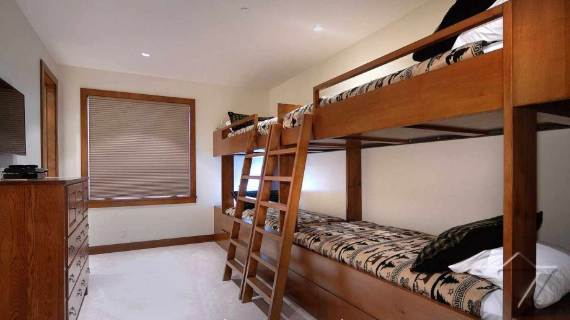 villa-ariel-inspiring-modern-home-in-aspen-with-a-charming-interior-desig-10