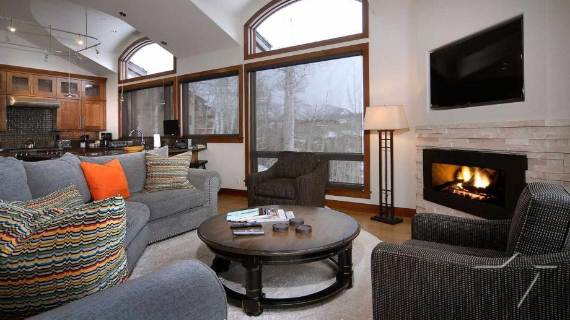 villa-ariel-inspiring-modern-home-in-aspen-with-a-charming-interior-desig-15