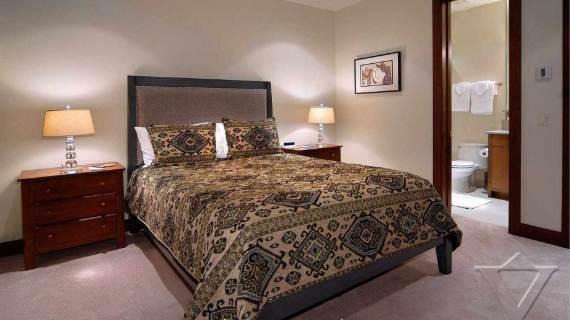 villa-ariel-inspiring-modern-home-in-aspen-with-a-charming-interior-desig-6