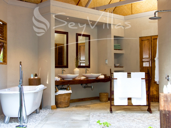 Wandering Through Paradise Exquisite Villas On Denis Private Island Seychelles (16)