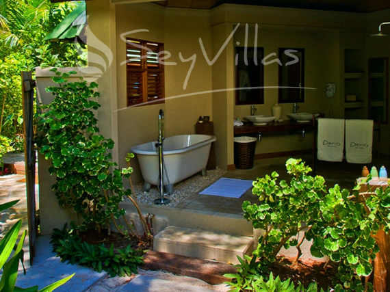 Wandering Through Paradise Exquisite Villas On Denis Private Island Seychelles (22)